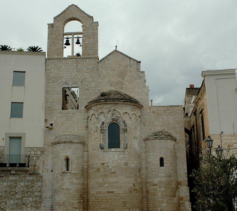 2019-04-07  Ognissanti Kirche (Templerkirche) Trani6.JPG