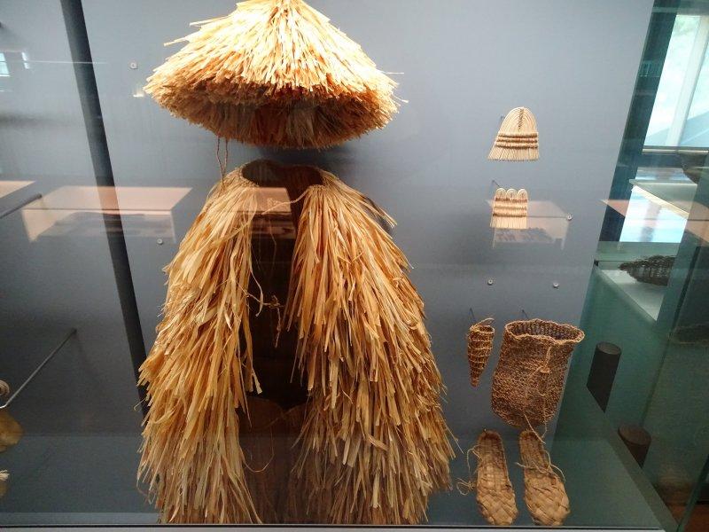 Kleidung der Pfahlbauern.JPG